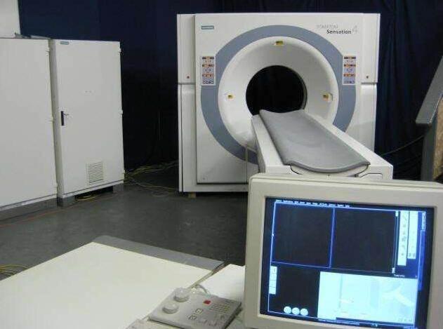 二手医疗设备回收 我国医疗器械行业面临的机遇与挑战