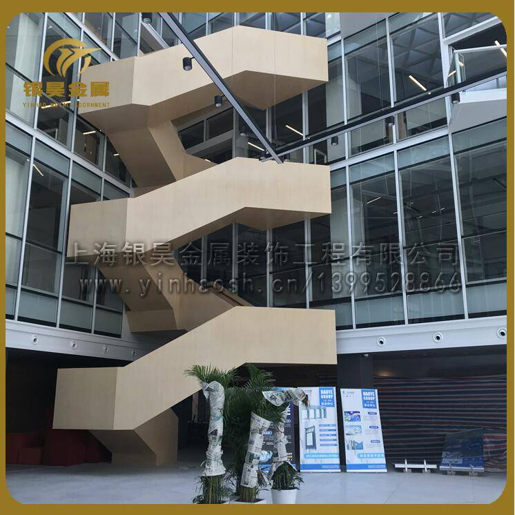 供应钢结构楼梯工程楼梯大型旋转楼梯玻璃楼梯