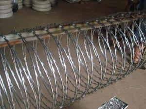 万科小区刀片刺绳安装|南京刀片刺网厂家|