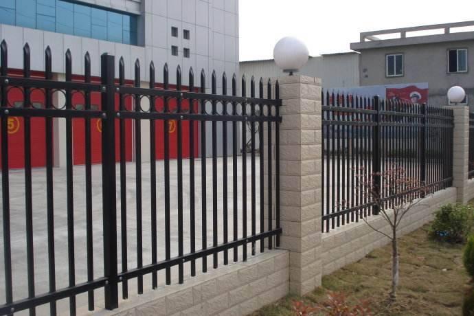 天津锌钢围栏,铁艺围栏长期销售