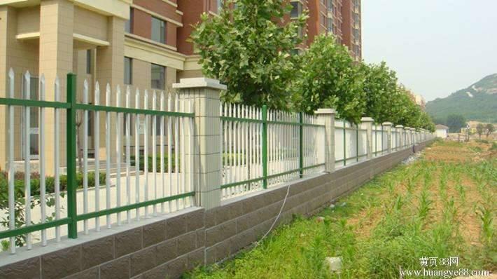 锡林郭勒盟多伦pvc草坪围栏多少钱