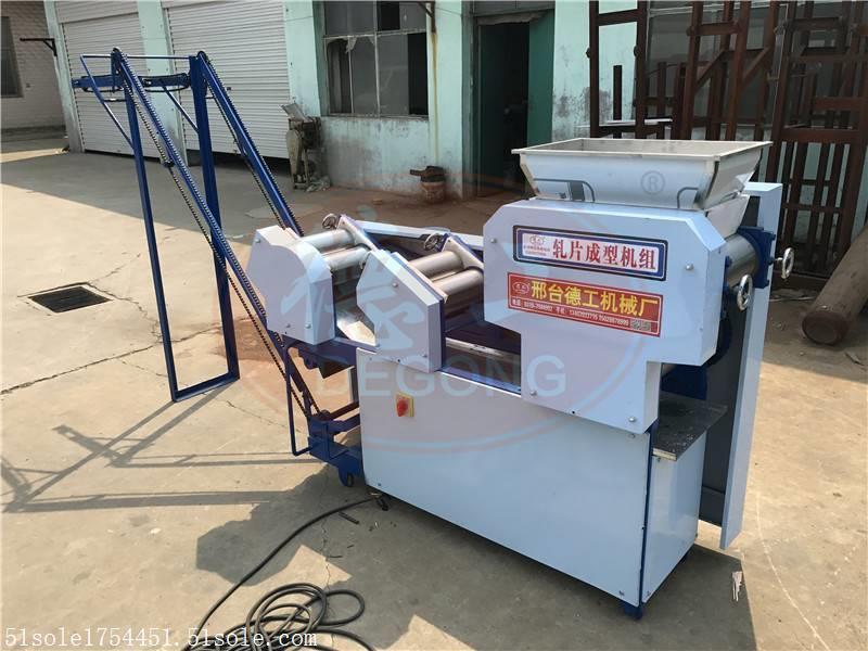 西藏自動上桿大型面條機 面刀好壞決定面條成型效果