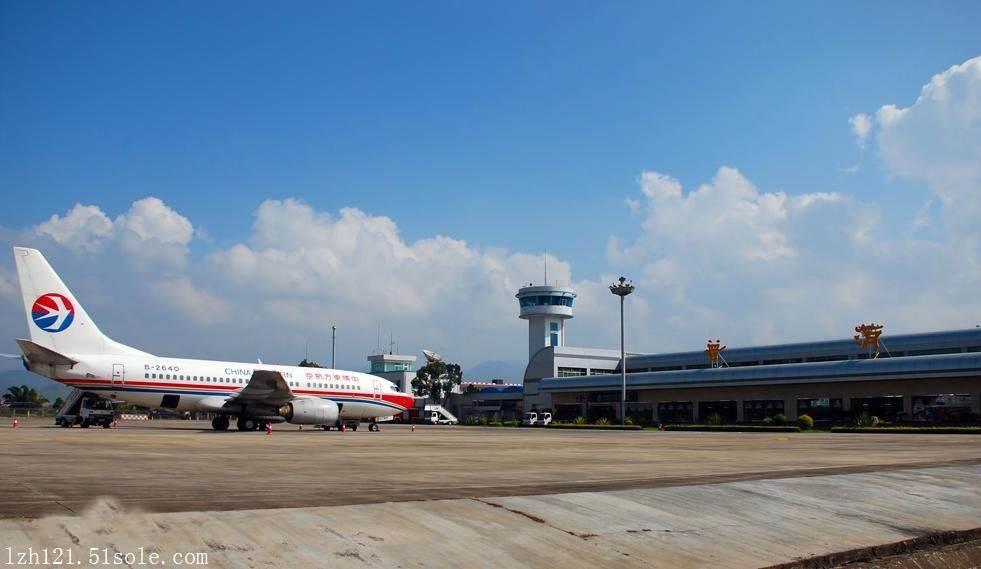 深圳蛇口检验检疫局太子湾邮轮中心办事处揭牌成立,旨在为出入境旅客