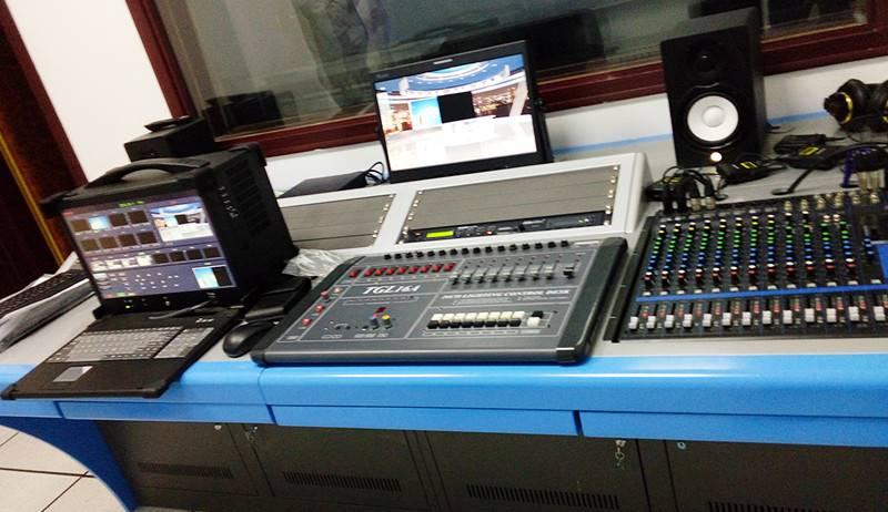 影视配音录音棚搭建校园对白录音室建设图片