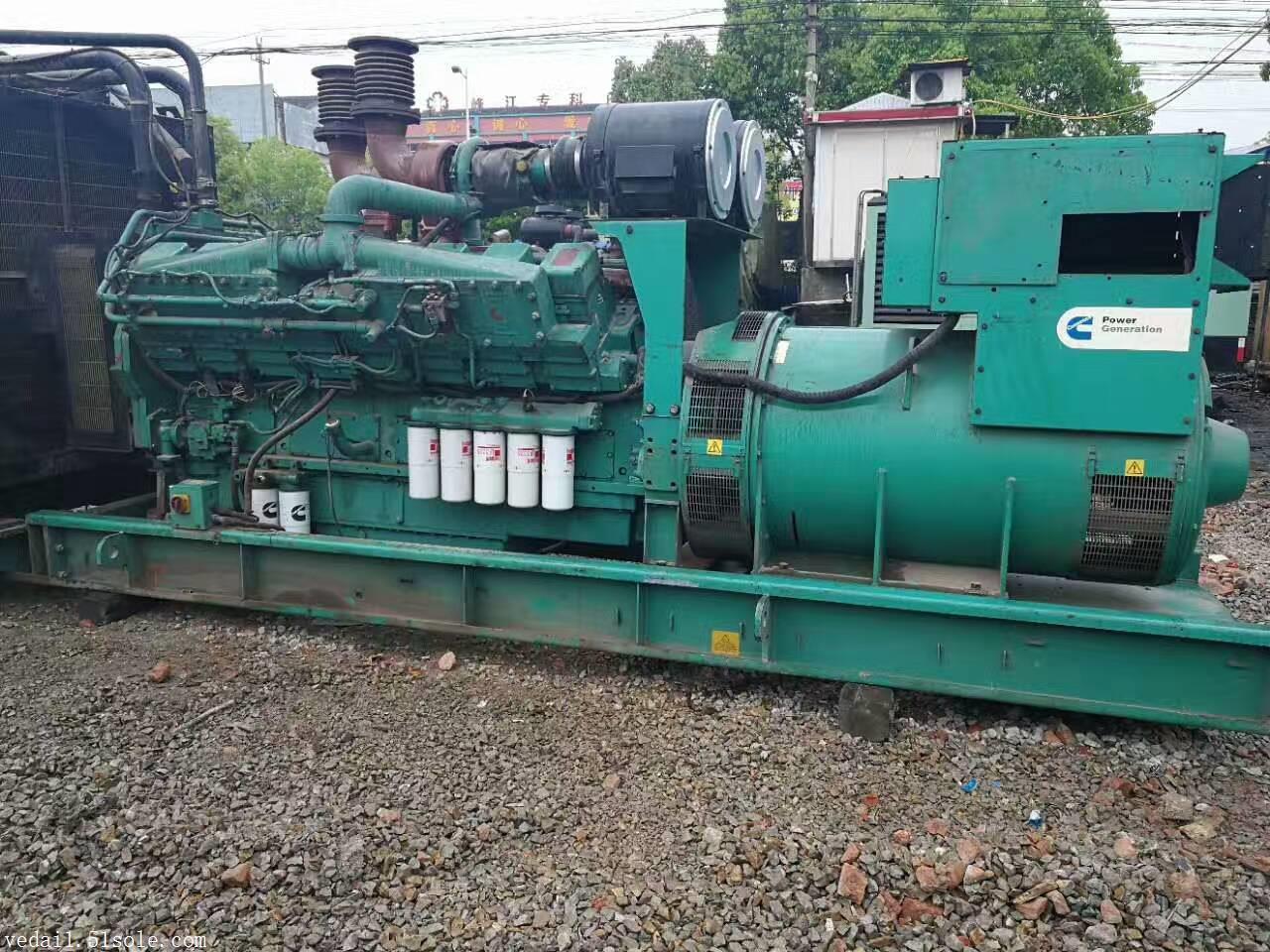 泰州帕金斯发电机回收二手进口柴油机回收