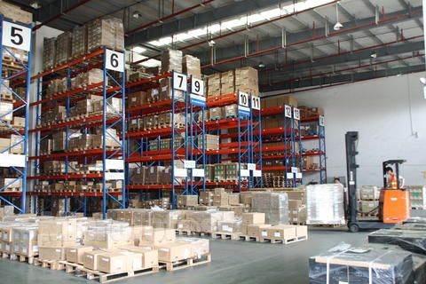 广州至圣基茨和尼维斯国际货运代理,拖车报关货运