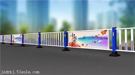 赣州太阳能候车亭,广告垃圾箱宣传栏,指路牌厂家