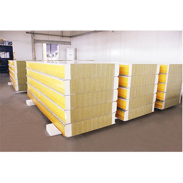 供应优质聚氨酯复合板