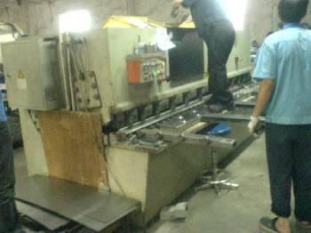 北京剪板机维修/折弯机维修/车床修理