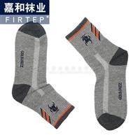 广州运动袜批发价格 男女休闲运动袜子供应厂家