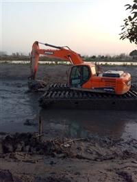 改装水陆两用挖掘机租赁