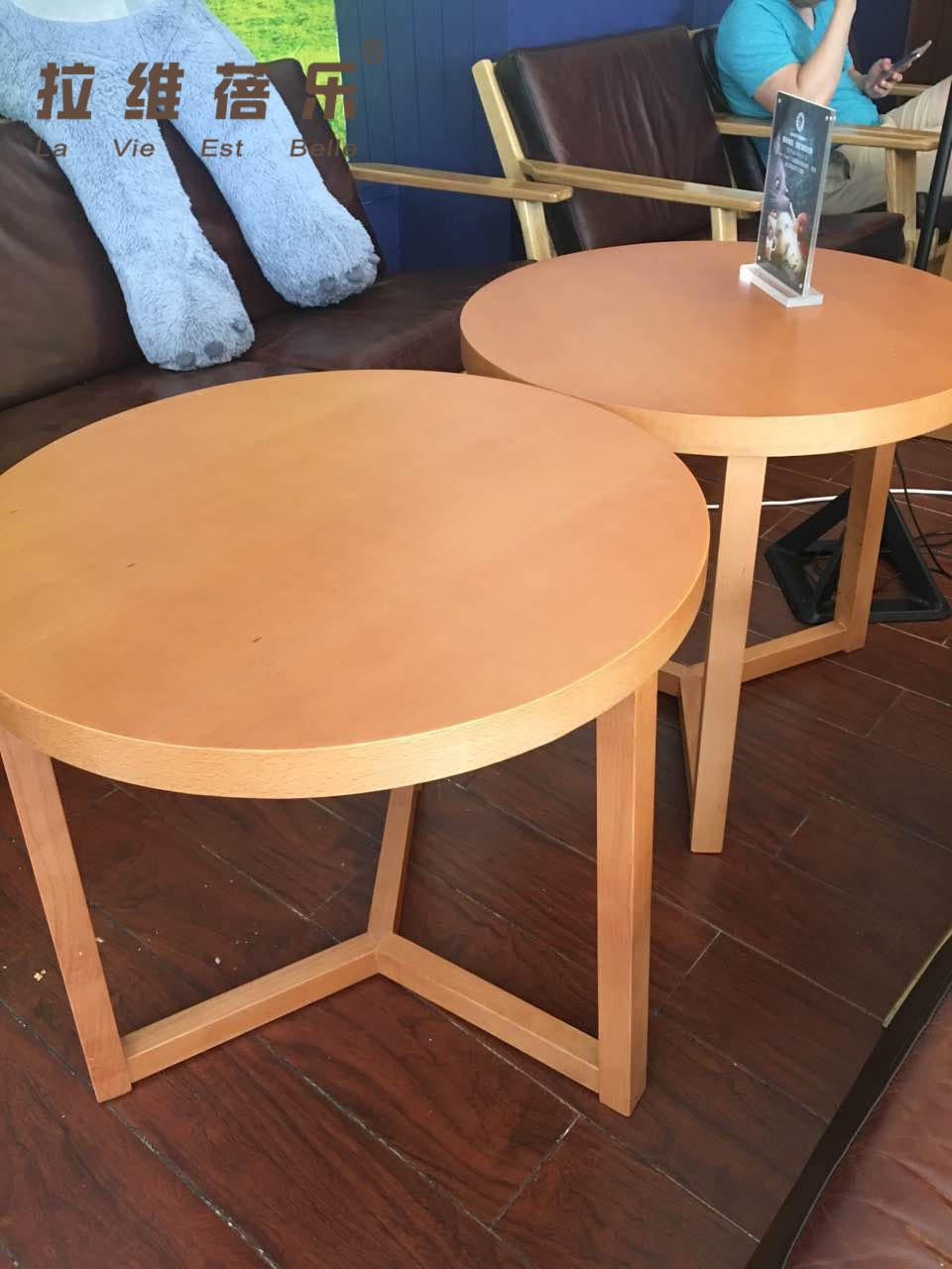 星巴克桌子椅子