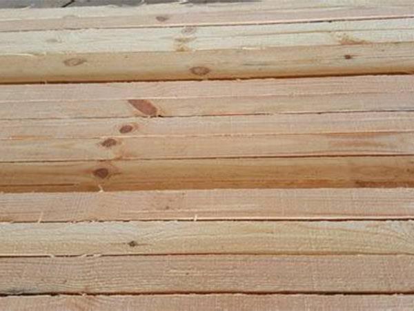 厂家大量现货供应优质建筑模板防腐木