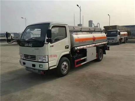 东风牌5吨油罐车厂家直销 质优价廉