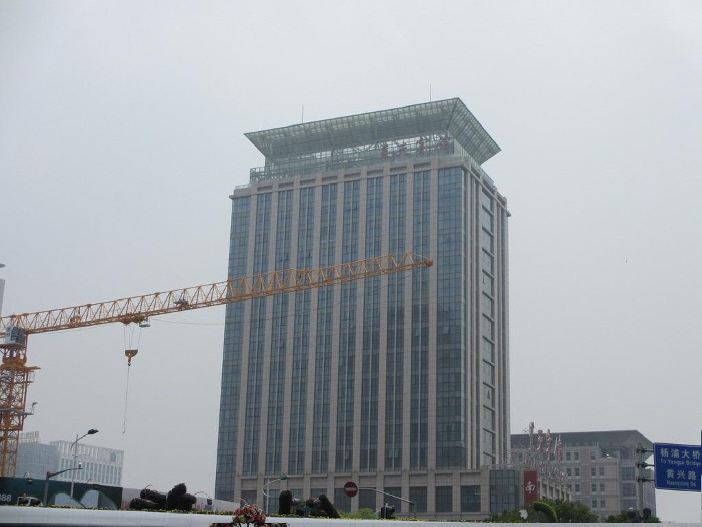 重庆巴南区玻璃幕墙|幕墙门窗|外墙安装