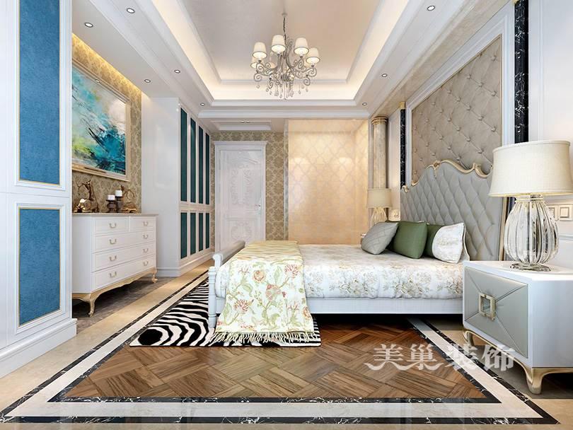 美巢装饰-润丰新尚三室两厅127平装修效果图-主卧衣柜设计,这是一个典型的三居室户型,在设计上遵循着实用兼具欧式的氛围感,虽然很多地方用的是壁纸,但是一样能表达出自己想要的东西,比如沙发背景墙就很有已经,而电视背景墙就是典型欧式设计了,用现代石材来完成,很有品质体现。