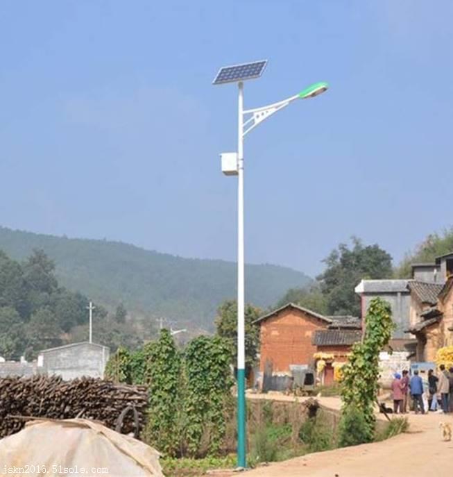 农村太阳能路灯 乡村公路太阳能路灯 江苏太阳能路灯厂家
