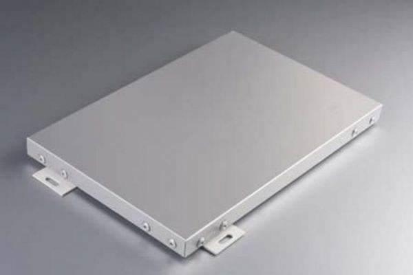 如何正确选择氟碳铝单板厂家