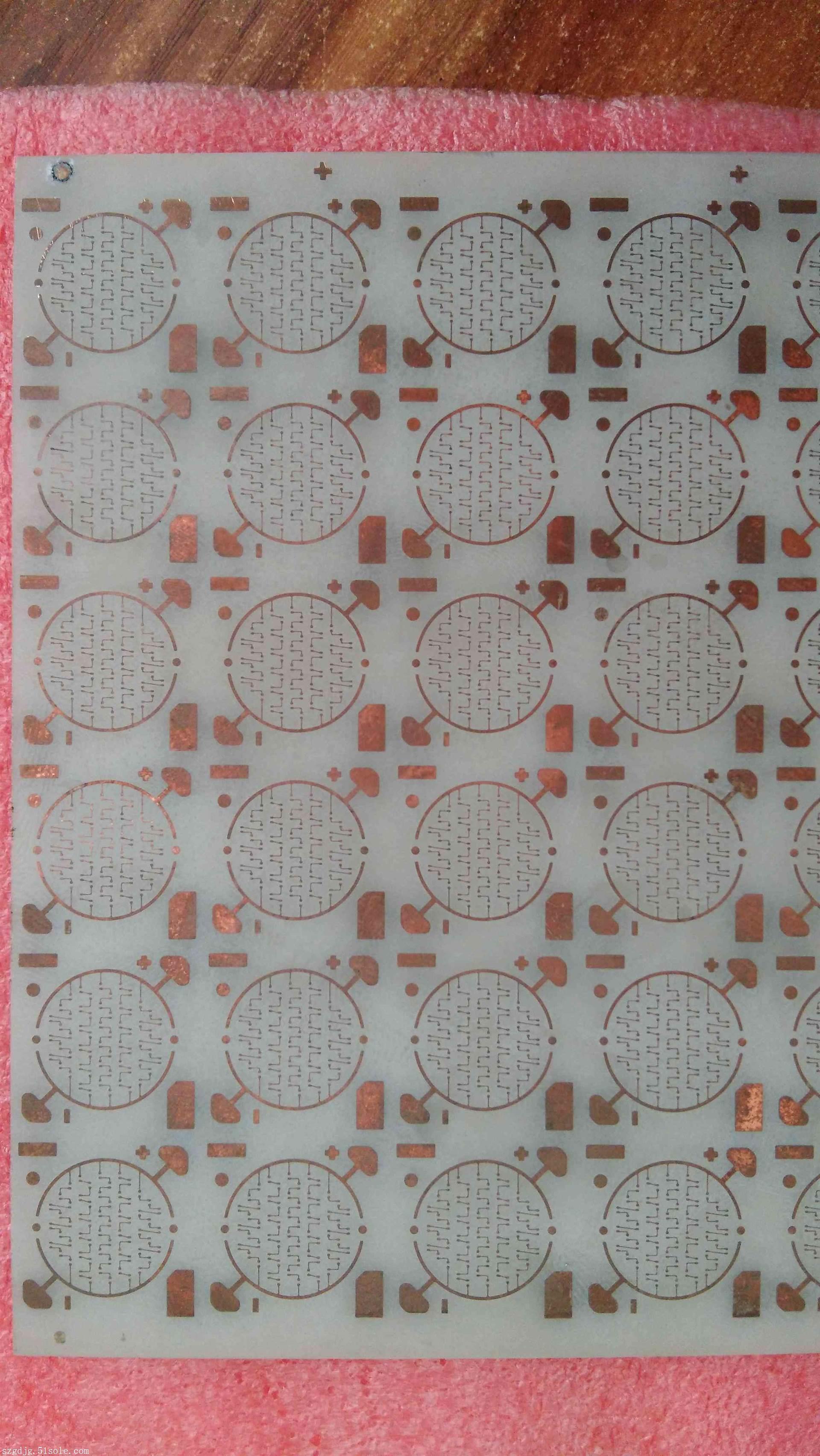 氮化铝陶瓷激光切割打孔划线