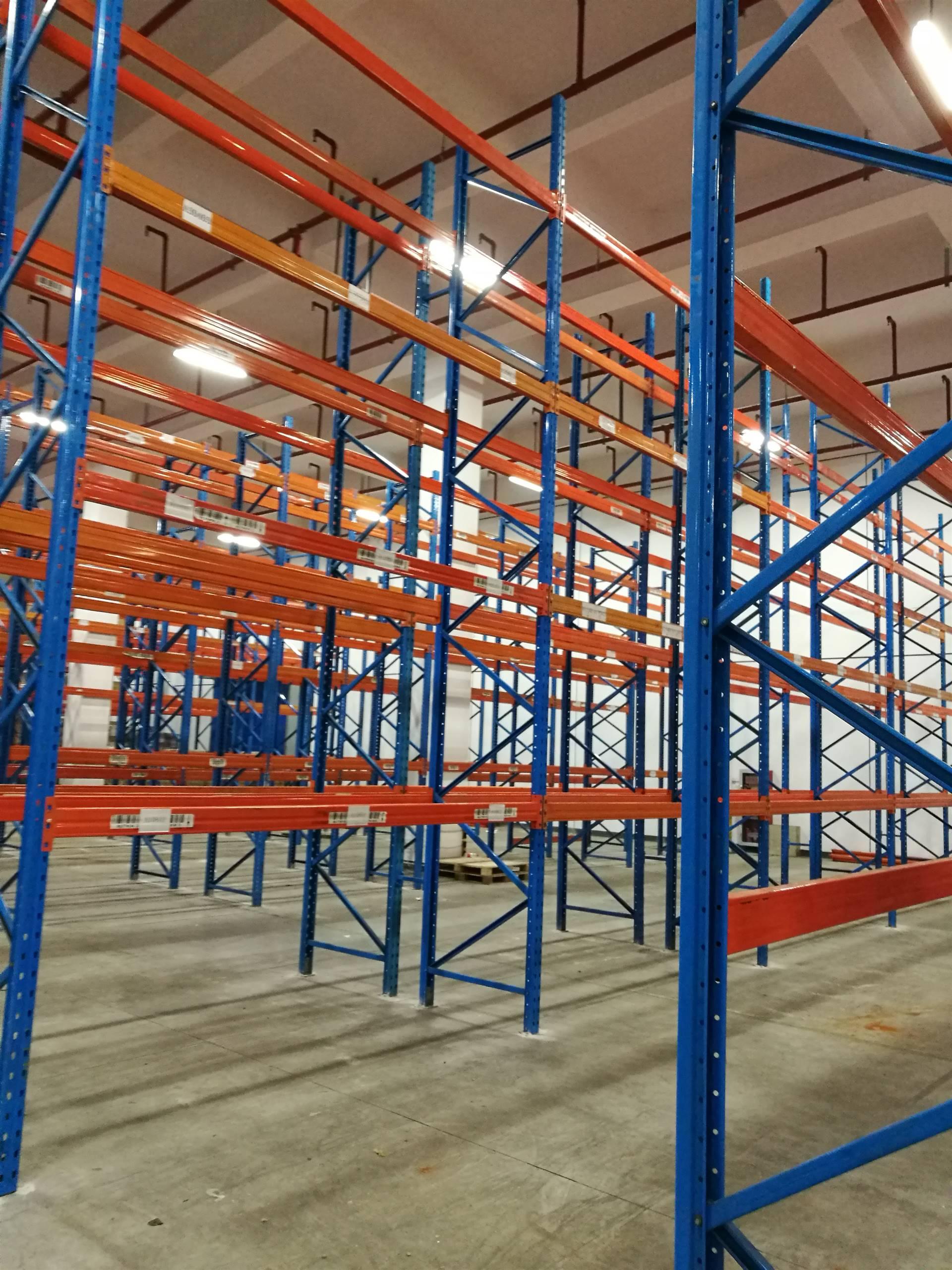 上海全市及周边地区二手货架出售、高价回收旧货架、货架拆装