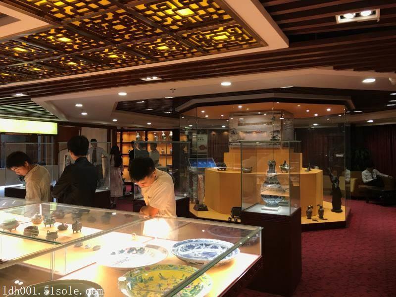 国内哪里的古玩藏品鉴定评估私下拍卖公司最正规