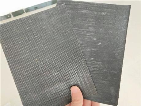 鲁威专业生产防裂贴厂家路面专用自粘式防裂贴