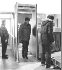 卫士B200安检门上门安装防水露天安检门