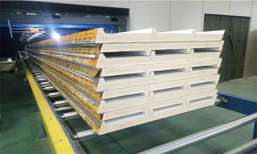 聚氨酯保温板聚氨酯彩钢夹芯板厂家直销批发价格