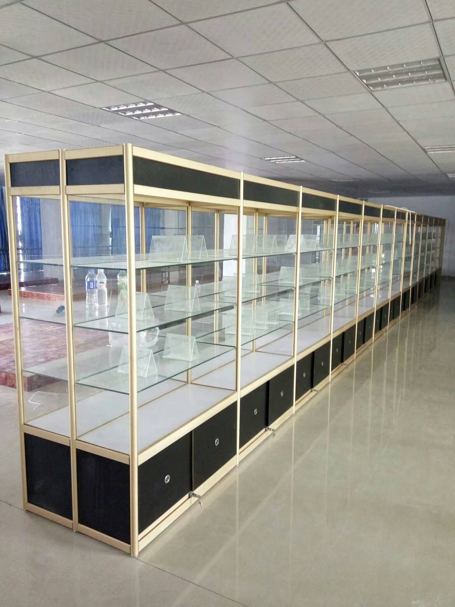 精品展示柜玻璃展柜
