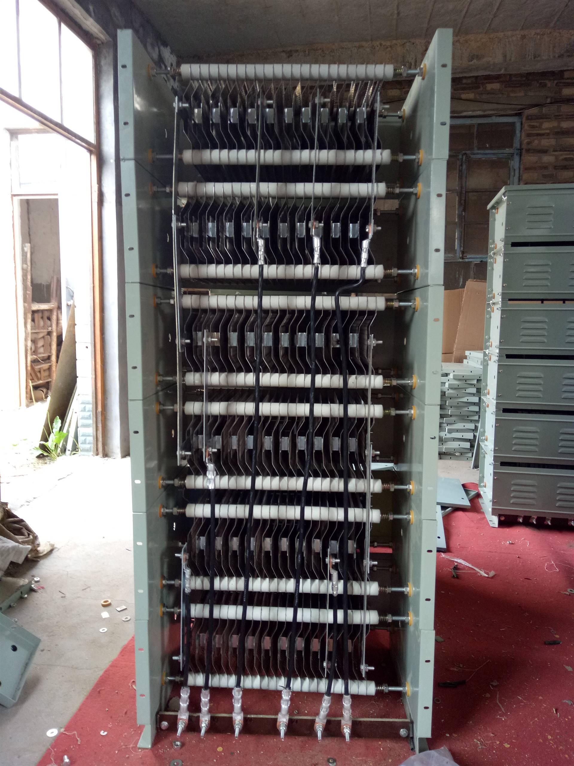 首页 电工电气 低压电器 电阻器 > 行车通用制动升降控制箱rs54-315s