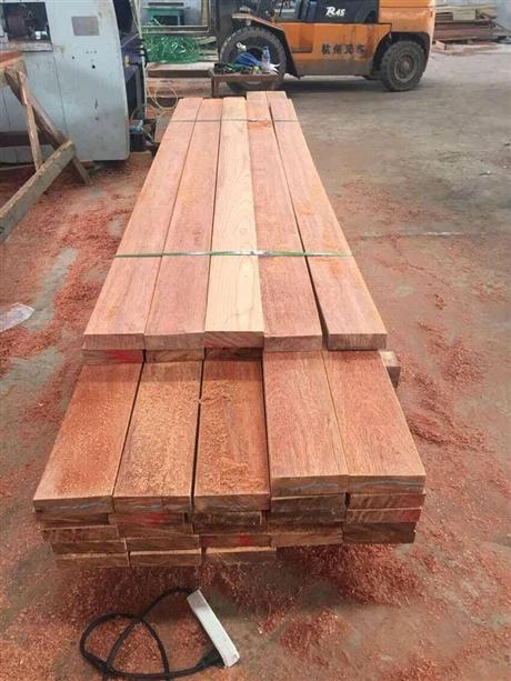 柳桉木 柳桉木花架报价 柳桉木烘干板材