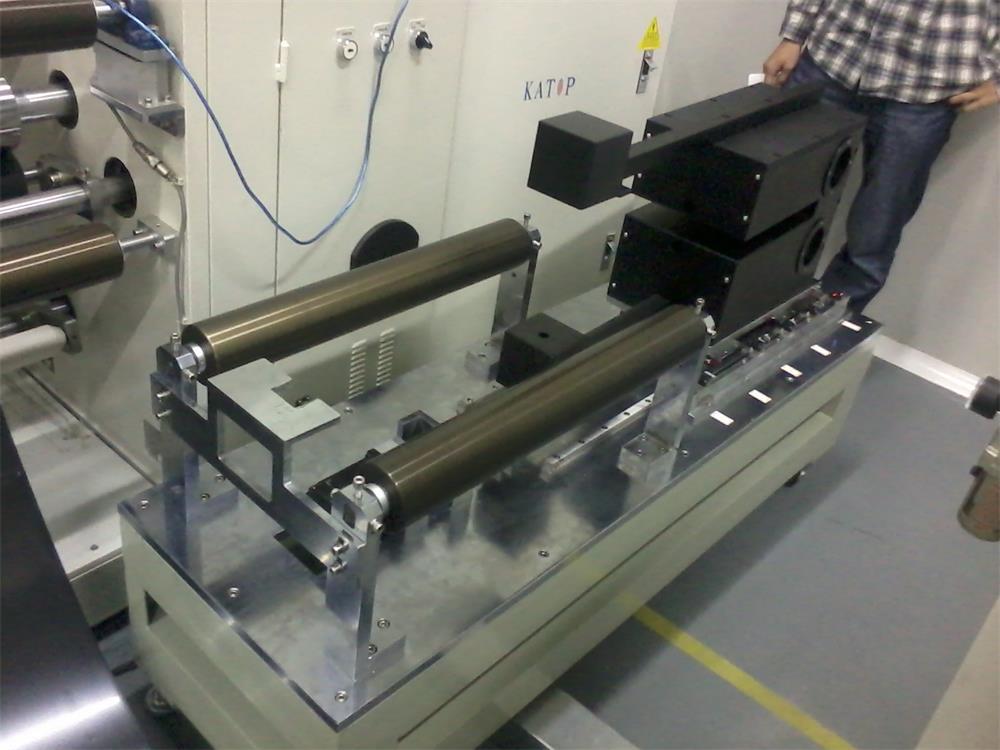 深圳鳳鳴亮壓延導熱膠帶非接觸在線測厚儀