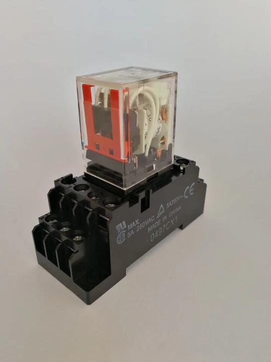 欧姆龙继电器底座PYF08A-E 8角