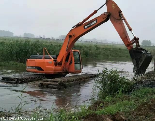 水陆两用挖掘机出租租赁价格