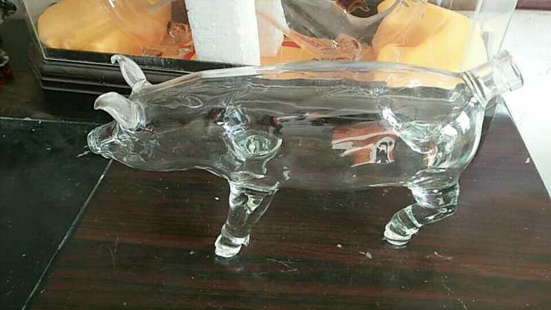 2斤大猪玻璃酒瓶空心猪玻璃酒瓶异形白酒瓶