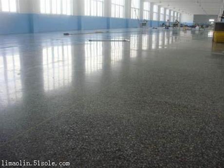 重庆钢化地坪施工有哪些不同,如何选择钢化地坪