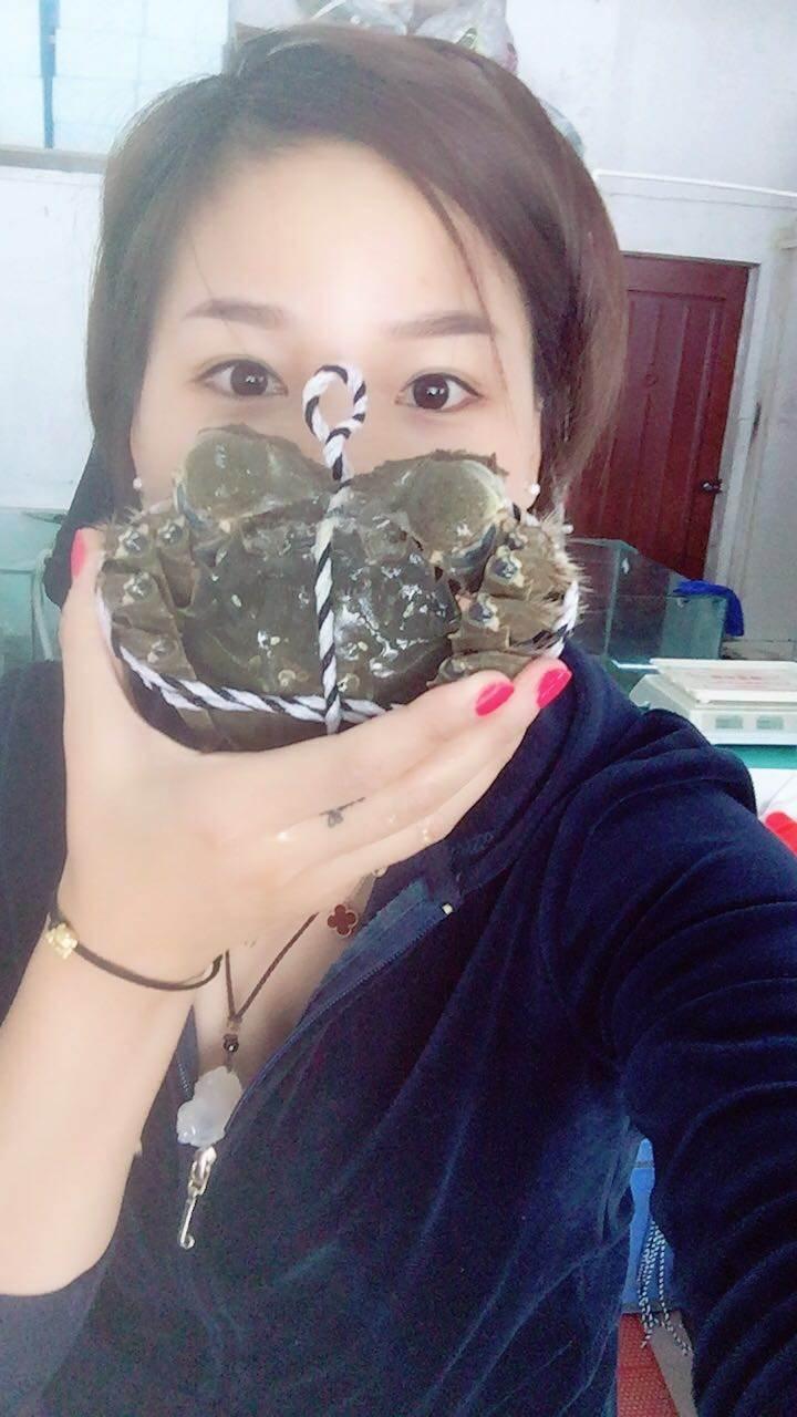 淀山湖大闸蟹的正确吃法