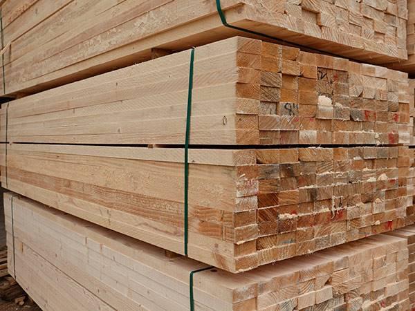 建筑木方厂家直供辐射松木板材 价格合理