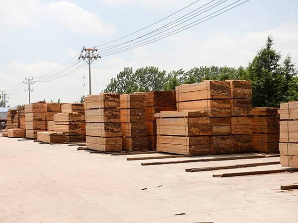 建筑木方耐用价优 木方定制为您认真打造