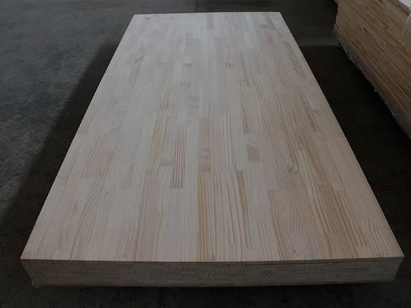 厂家直销工程建筑木方 铁杉木方 厂家提供烘干板材