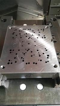 提供东莞长安1.5-2.5小孔深孔钻加工