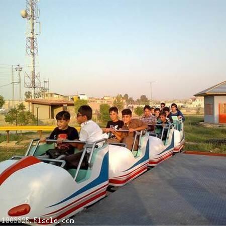 太空飞车-游乐设备