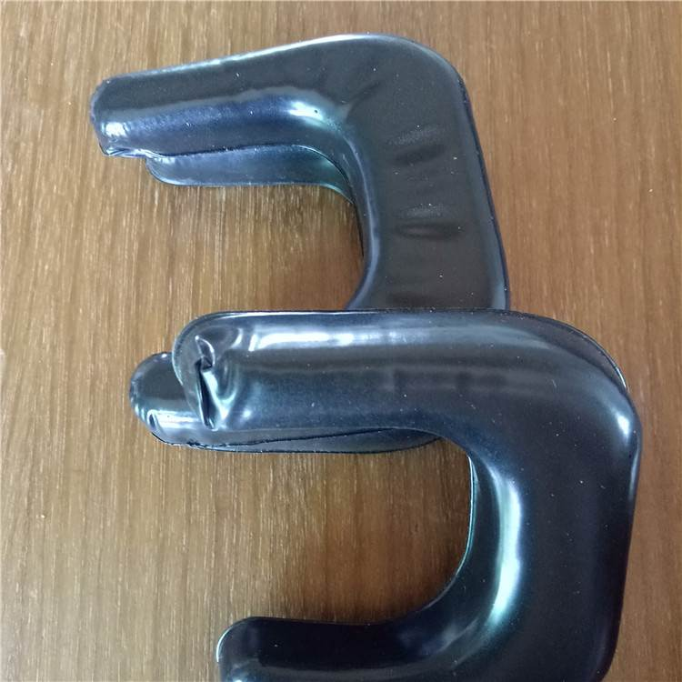 订做左右异形耳机套 吸塑成型皮耳套 结合力学设计达到舒适度