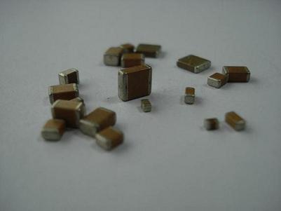 开关电源常用高压贴片电容