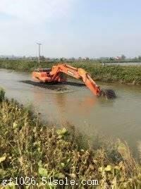 水陆两用挖机出租多少钱一天
