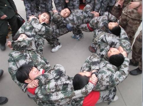 2018 想您的孩子更优秀到赣州亮剑军旅夏令营机构