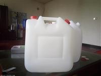 新型10公斤双开口尿素塑料桶生产厂家