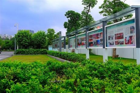 邯郸江苏宣传栏厂家定制、先进的生产设备
