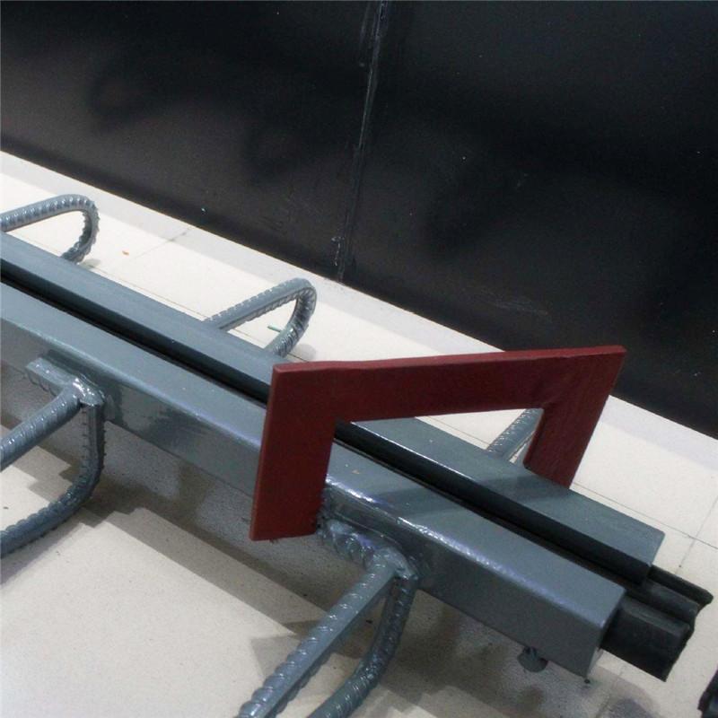 途顺橡胶2018专业生产建筑专用不锈钢梳
