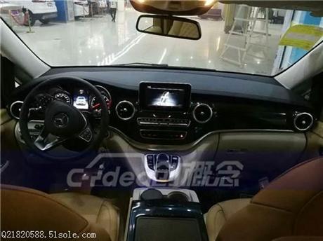 深圳奔驰V260室内装潢迈巴赫顶灯,奔驰商务车改装全车隔断